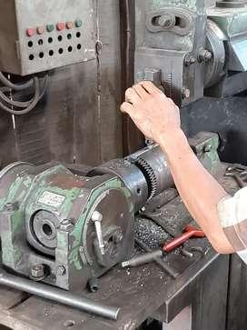 Jasa bubut dan pembuatan mesin produksi