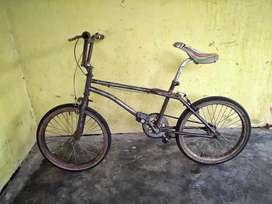 Aneka Sepeda Seken