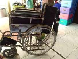 Dijual kursi roda bekas