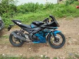 Yamaha r15 v2.   Freass bike.  Model 2015.   10 mahina.     New counti