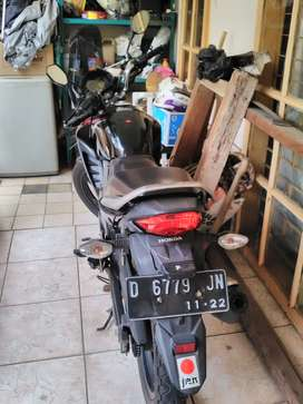 Numpang jual motr bekas Honda Megapro th.2012 tng.1 dr. Baru nego aja