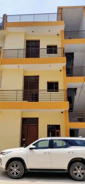 3 BHK READY TO MOVE FLAT FOR SALE PRICE ONLY 25.90 onwards