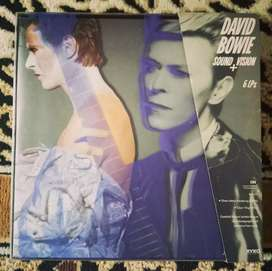 Piringan hitam transparan David Bowie