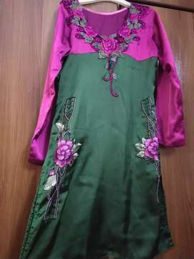 Green & plum silk embroidered motifs