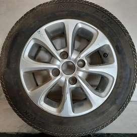 Ford Figo car alloy wheel with MRF tyre
