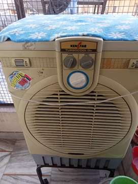 Kenstar good condition cooler with stand