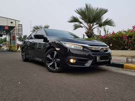 Honda Civic Turbo Sedan ES 2017 Hitam Km29rb Pajak Pjng Bisa TT Camry
