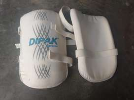 Criket kit for sale baki price dekhlo gey