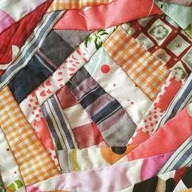Bed cover, selimut, bantal, taplak kain perca