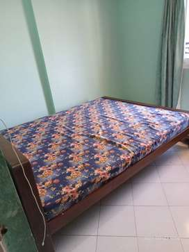 Sell double bed mattress