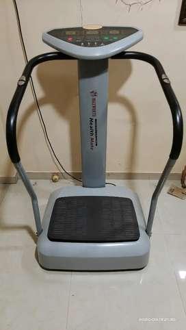 Standing Vibration Platform Machine for Full Body Fitness