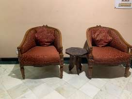 Sofa in brand new condition-Teak wood