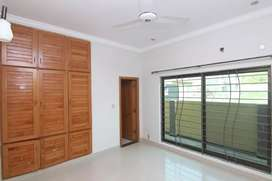 Out class upper portion available for rent in Dha 2