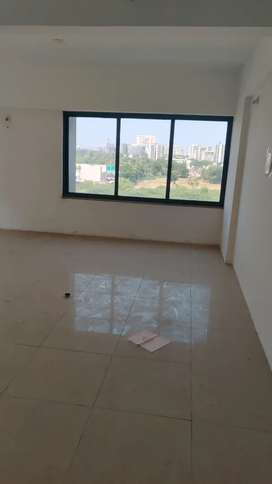 This is office on sale... Corporate road. 3 lac parking extra