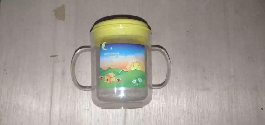 Gelas minum bayi/anak 0