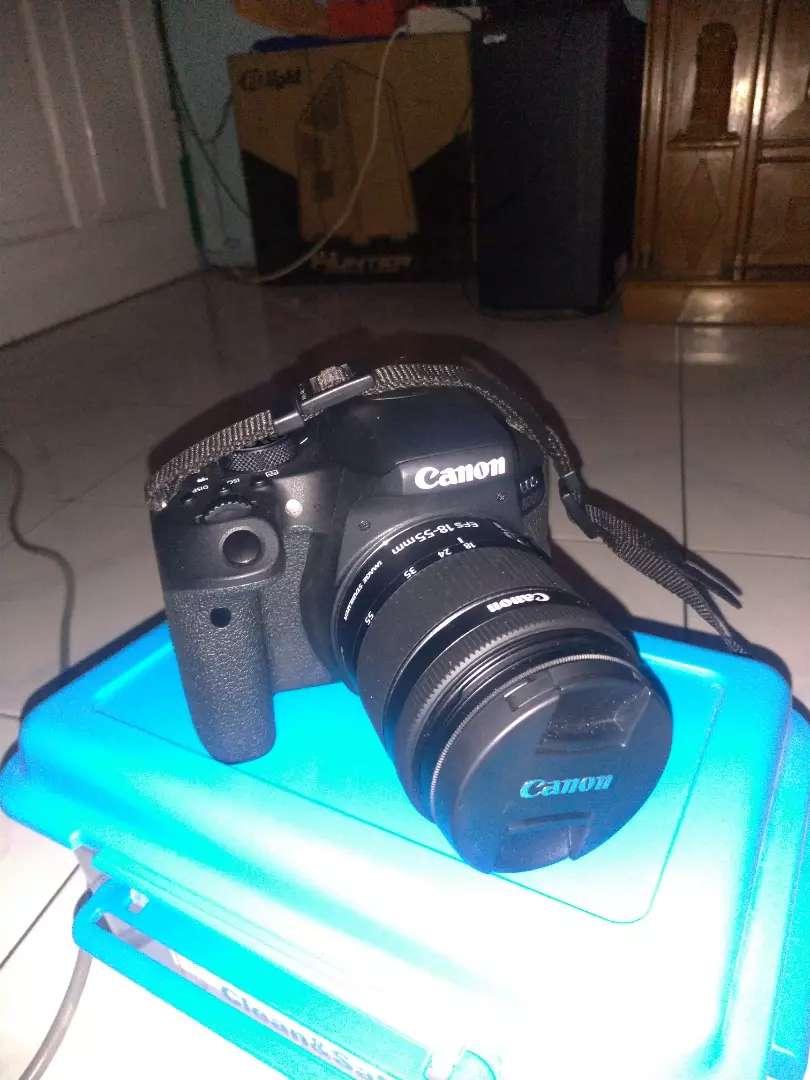 Canon eos 800d bekas 0