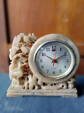 Jam meja/jam weker/jam alarm jadul batu onyx