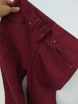 Levis 517 maroon size 30/31 jeans like new