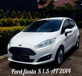 Ford fiesta S 1.5 AT 2014