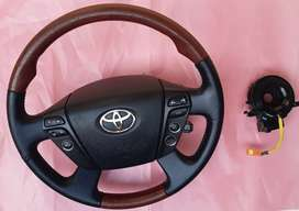 Toyota new Model Wooden Multimedia steering wheel with Spiral