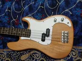 Hertz bass guitar