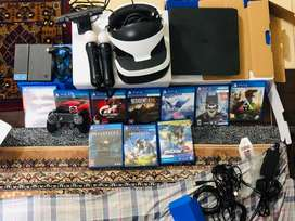 Ps4 Plus 1tb with Vr box and DVDs