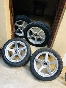 Swift,i 20 alloy wheels