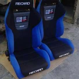 recaro topfuel japan black on blue 2 sett,good condition+bracket reel
