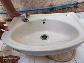 Hindustan Cera Washbasin