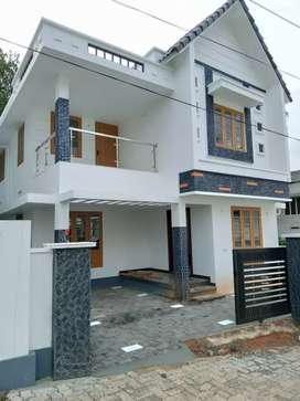 3.5. cent 1450 sqft 3 bhk new build at aluva choondy near edathala