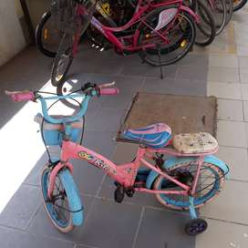 Kids cycle ( avon ) . Size 16 .for sale