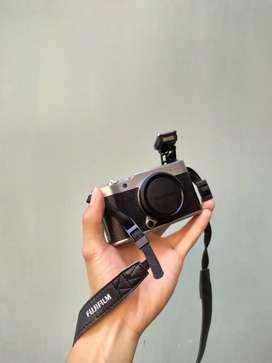 Kamera Digital Fujifilm XA20