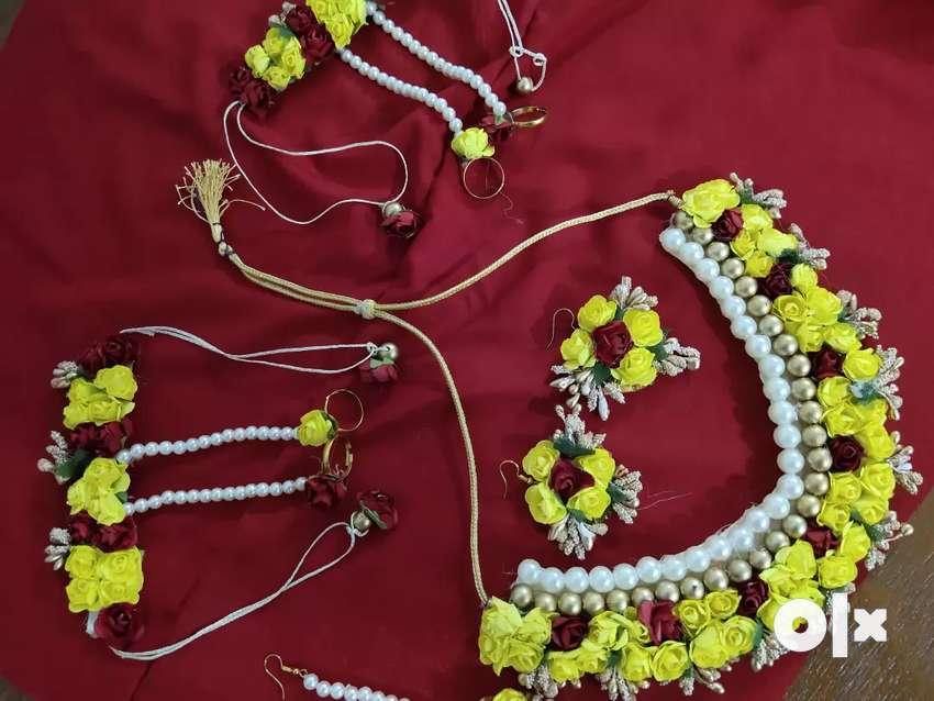 Jewellery set 0