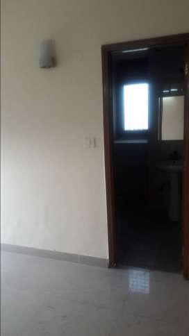 Apartments Flat For Rent in Mayur Vihar 1 Close to Metro