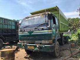 Dump Truck TrontonNissan CWB RE8 1996