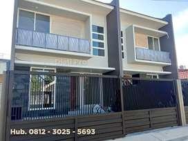 Exclusive !! Rumah Mewah 2 Lantai, Hadap Selatan Di Perum. Wisma Mukti