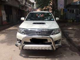 Toyota Fortuner 4x2 AT, 2014