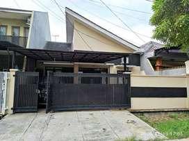 Dijual furnish Rumah bagus siap huni dalam perumahan Jatinegara