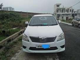 Toyota Innova 2.5 E MS 7 STR BS-III, 2013, Diesel