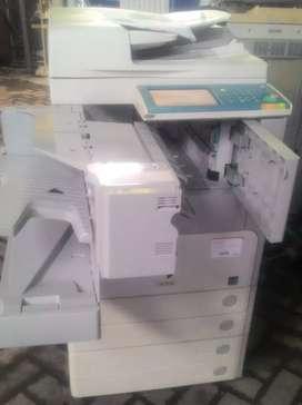 Mesin fotocopy Medium ready Stock
