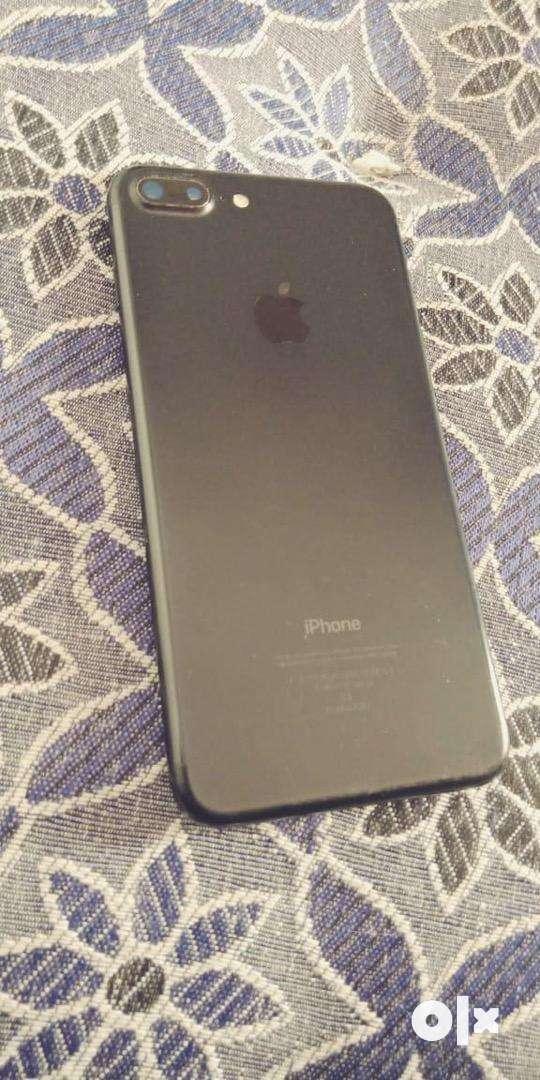 I phone 7+    32 GB 0