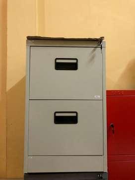 Filing Cabinet Laci / Lemari Besi Kantor Laci / Lemari Arsip 2 Laci