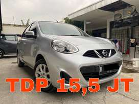 Nissan March 1.2 Matic 2014 Silver | KM 50RB