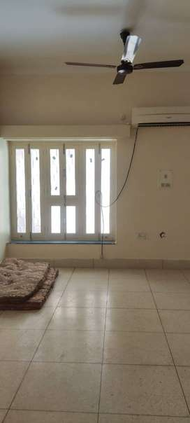 Prime Location Shastri Nagar 1 BHK Commercial Purpose Prime Location