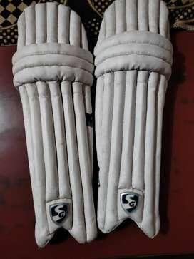 SG Optipro Right hand Batsman batting Pads (Youth Size)