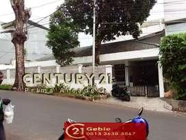 Rumah Rapi Dengan Bangunan Masih Kokoh Di Radio Dalam Jaksel - CW 6603