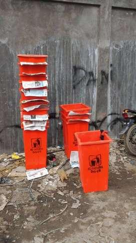 tong sampah tutup segi tiga,pabrik tempat sampah,bak sampah fiber