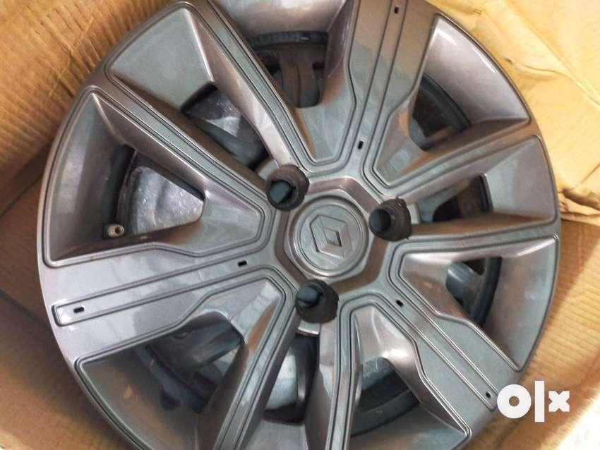 Kwid car Tyre ring