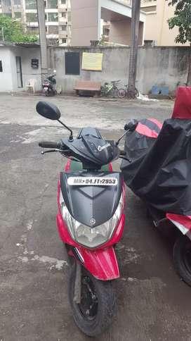 Yamaha scooty