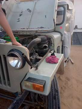 New condition jeep 2002 model